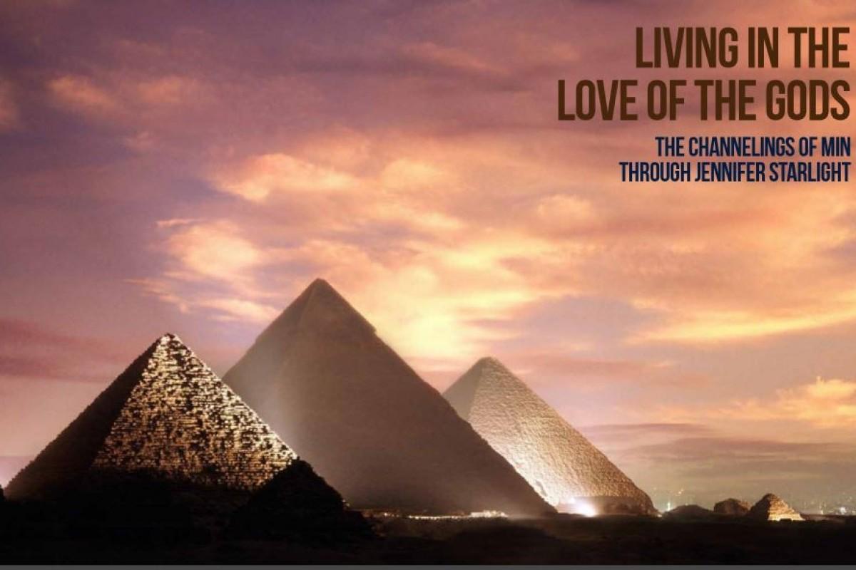 Jennifer Starlight & Min Tour of Egypt